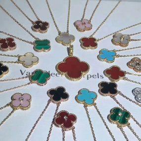 van cleef & arples necklace