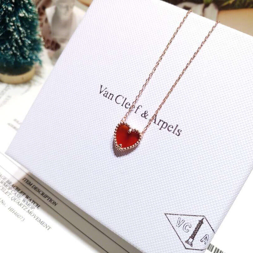replica van cleef and arpels Sweet Alhambra heart pendant