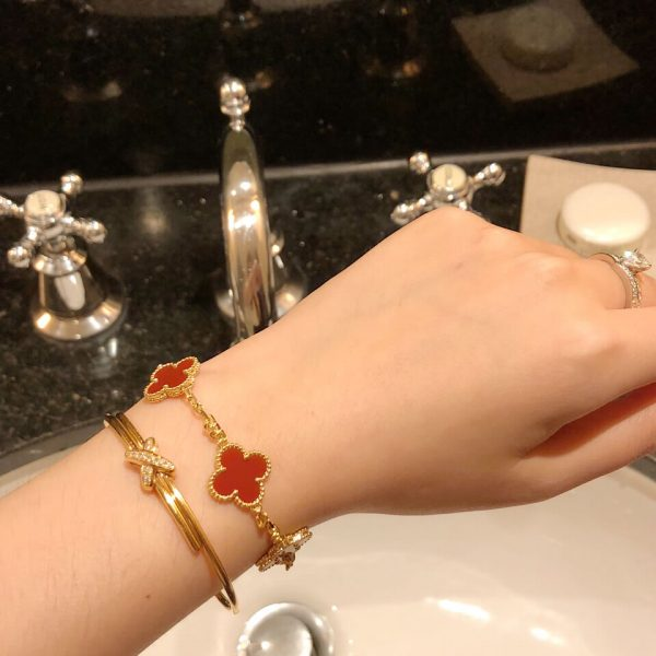 Replica Van cleef & arpels Vintage Alhambra bracelet, 5 motifs, real gold