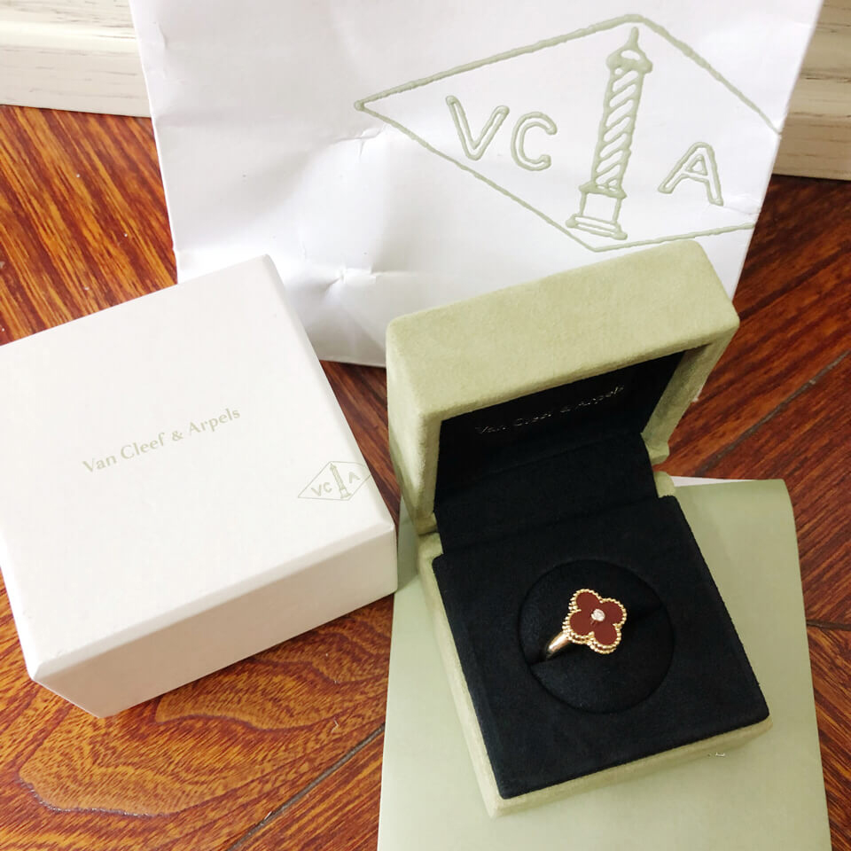 replica van cleef alhambra ring real gold