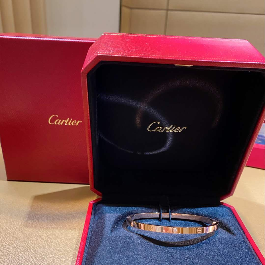 replica Cartier love bracelet 6 diamonds skinny style