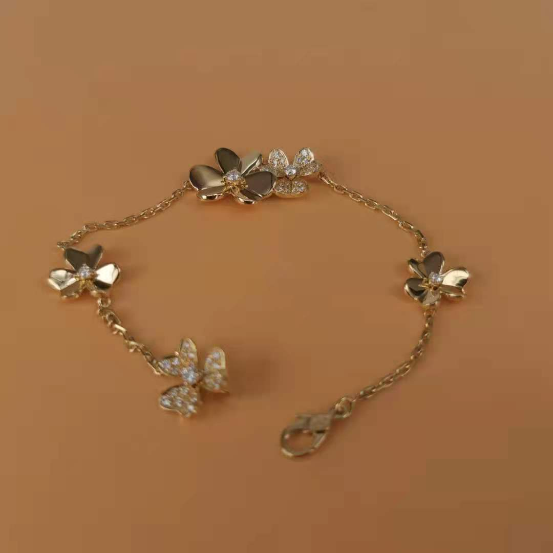 Frivole bracelet, 5 flowers